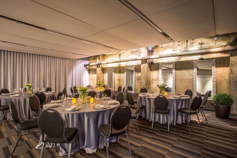 Meeting Facilities - Hotel Zero 1 Montreal