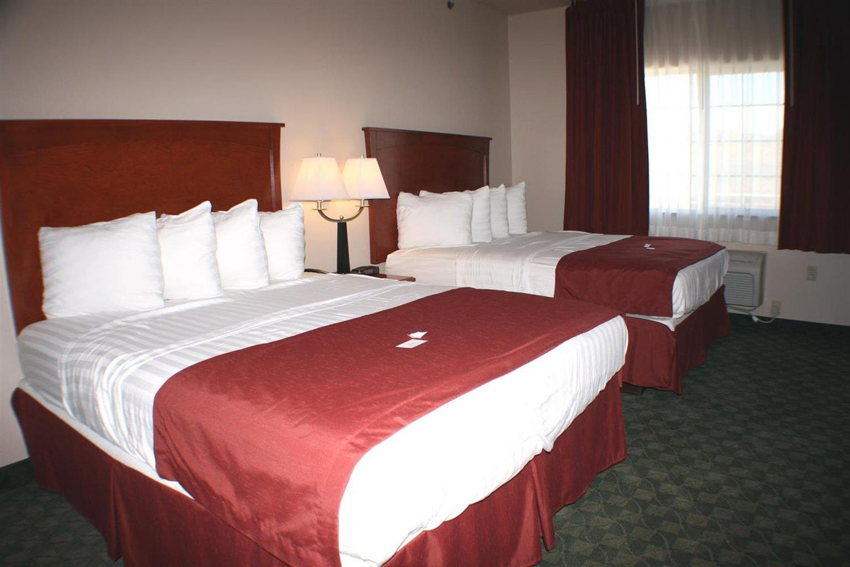Room - Allington Inn & Suites Kremmling