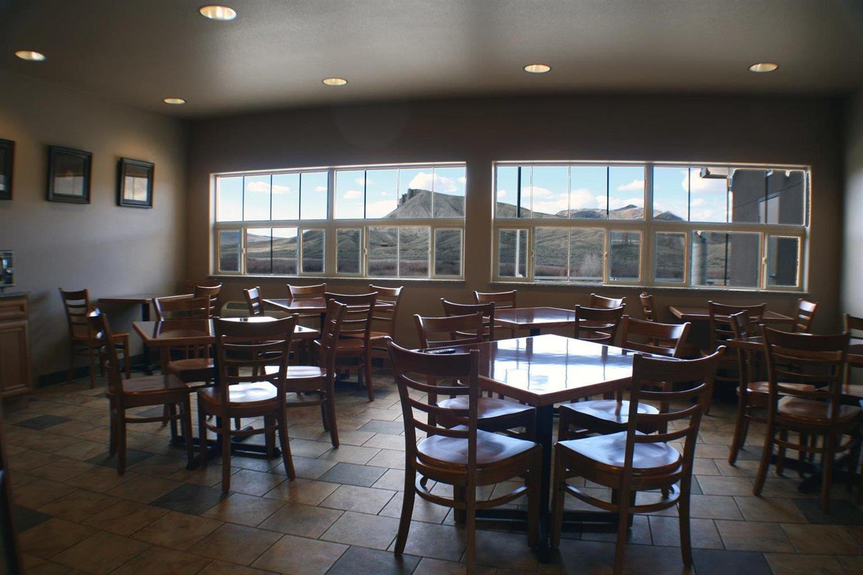 Restaurant - Allington Inn & Suites Kremmling