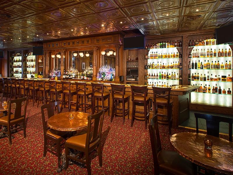 Bar - Stanley Hotel Estes Park