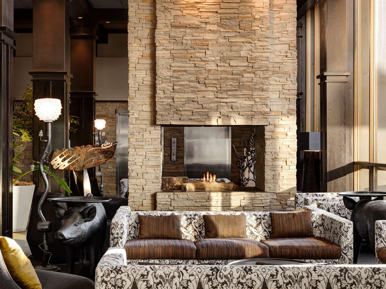 Lobby - Hotel Arts Calgary