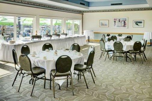 Ballroom - Lakeview Resort & Conference Centre Gimli