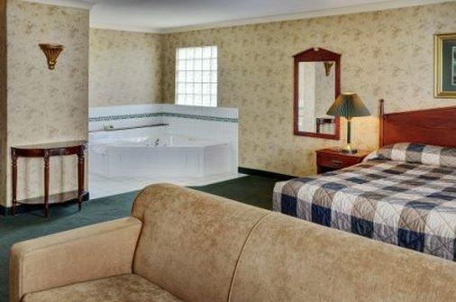 Room - Lakeview Inn & Suites Fort Saskatchewan