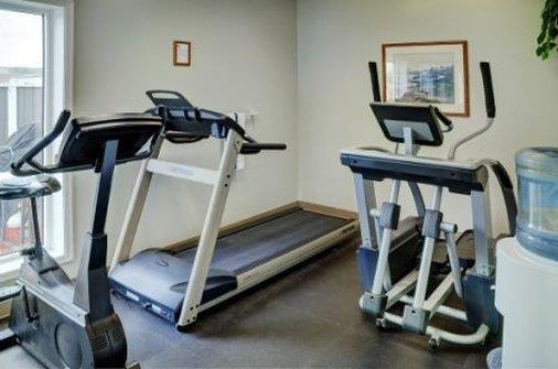 Recreation - Lakeview Inn & Suites Halifax