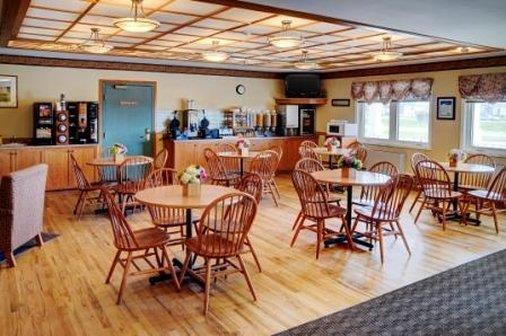 Restaurant - Lakeview Inn & Suites Brandon