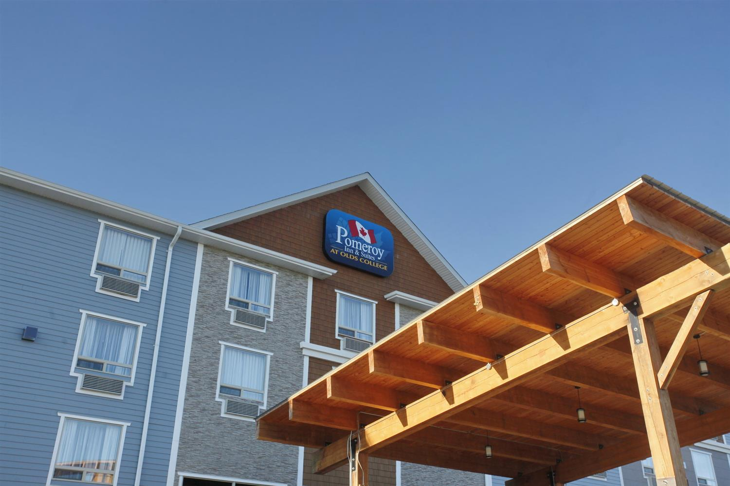 Exterior view - Pomeroy Inn & Suites at Olds College