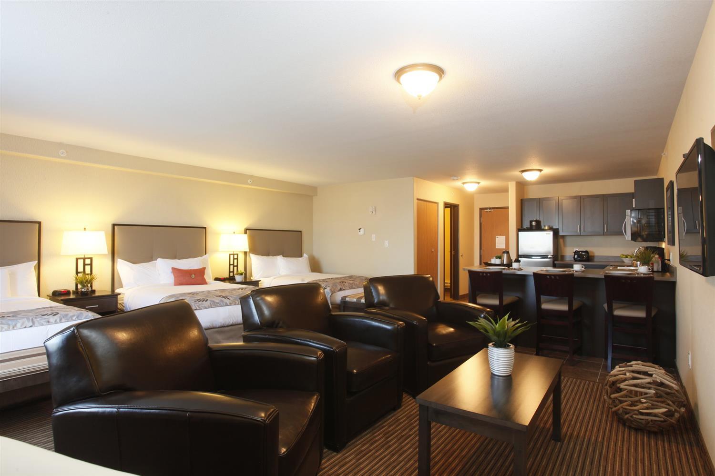 Room - Pomeroy Inn & Suites at Olds College