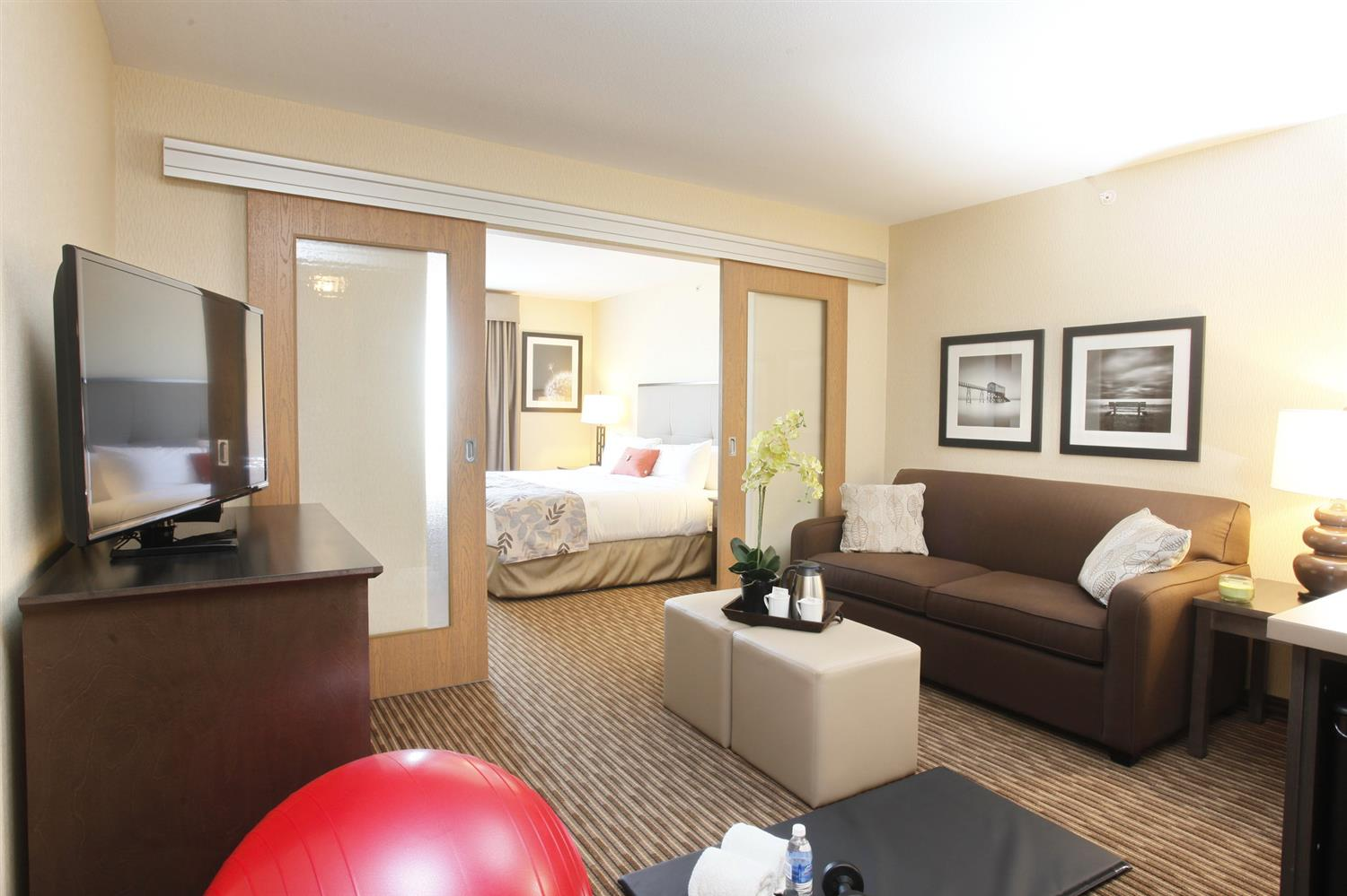 Conference Area - Pomeroy Inn & Suites at Olds College