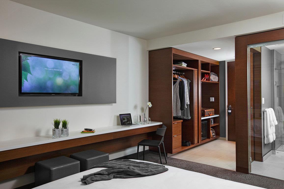 Room - Mere Hotel Winnipeg