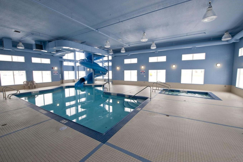 Pool - Stoney Nakoda Resort Kananaskis Village
