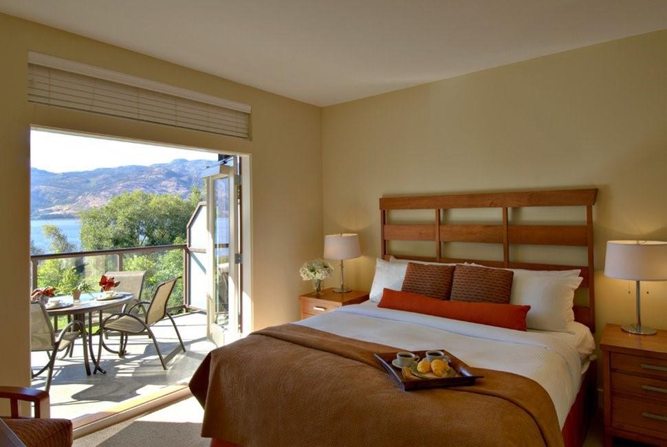 Suite - Cove Lakeside Resort Westbank