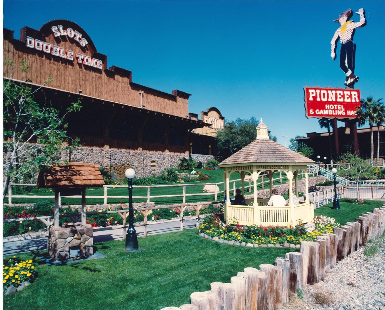 Exterior view - Pioneer Hotel & Gambling Hall Laughlin