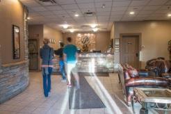 Lobby - Podollan Inn Fort McMurray