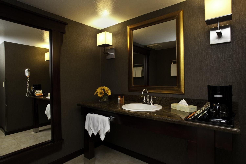 Room - Carson Valley Inn Minden