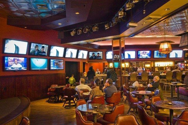 Bar - Carson Valley Inn Minden