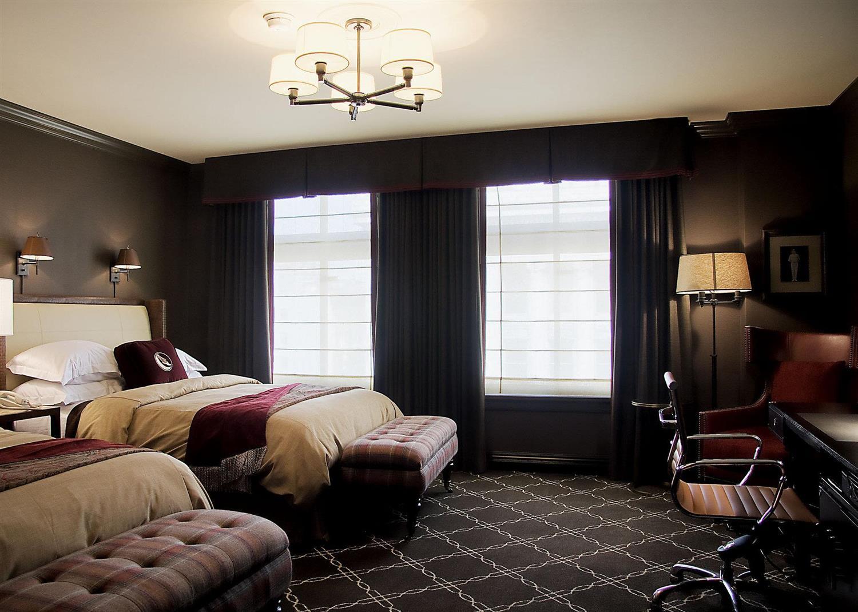Room - Los Angeles Athletic Club Hotel