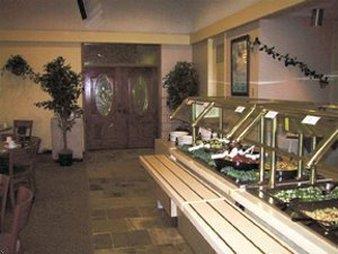 Kellogg West Hotel Rooms