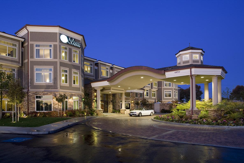 Exterior view - West Inn & Suites Carlsbad