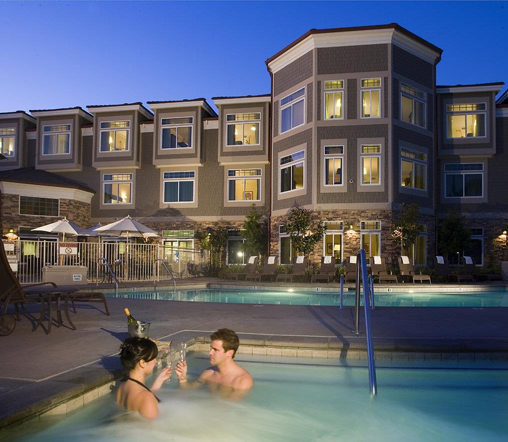 Spa - West Inn & Suites Carlsbad
