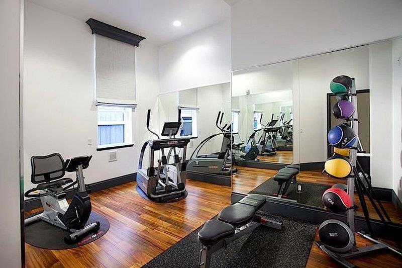 Fitness/ Exercise Room - La Pensione Hotel San Diego
