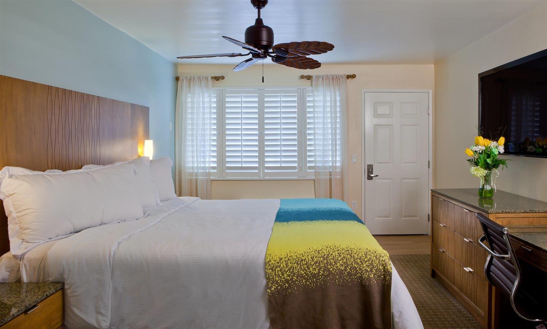 Room - PB Surf Beachside Inn San Diego