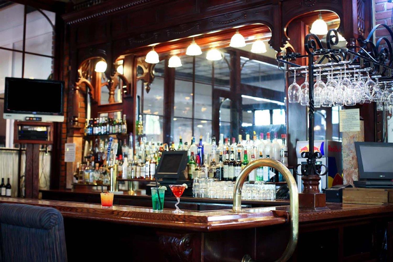 Lobby - Hotel Piccadilly Fresno