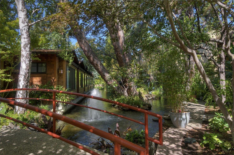 Dinah\'s Garden Hotel Palo Alto, CA - See Discounts