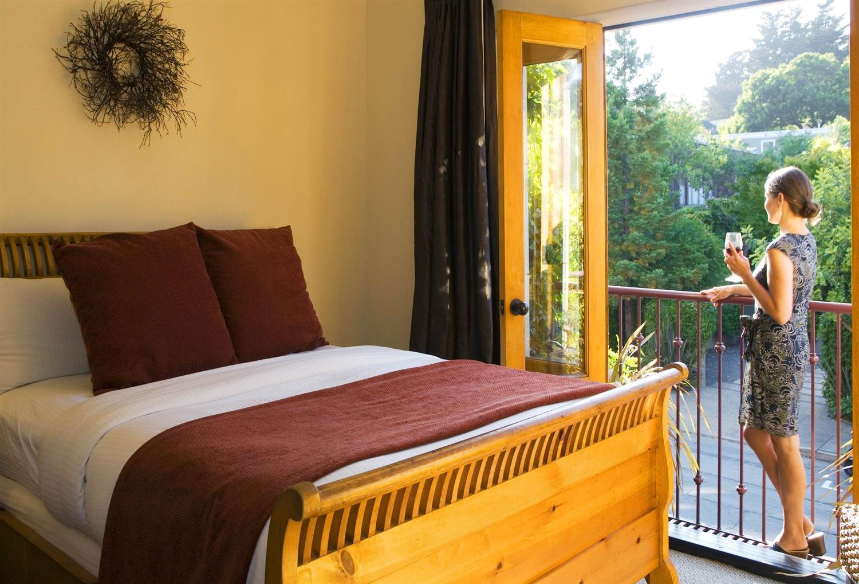 Room - Mill Valley Inn