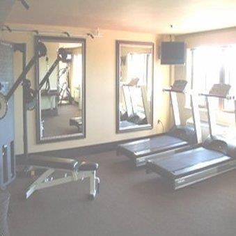 Fitness/ Exercise Room - Inlet Tower Hotel & Suites Anchorage