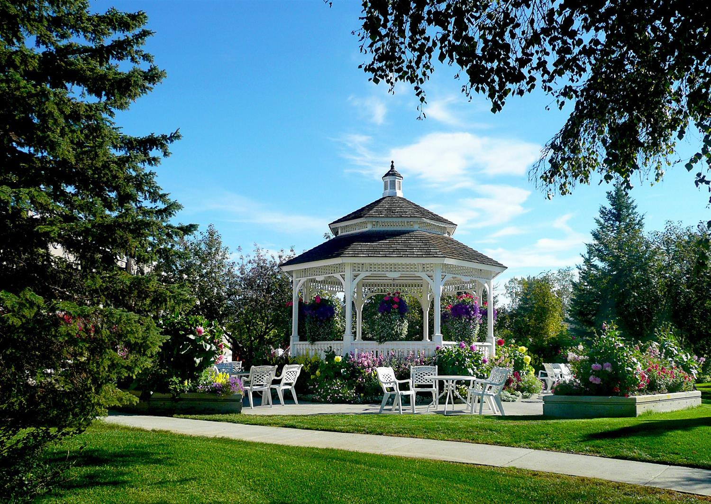 Exterior view - Wedgewood Resort Fairbanks