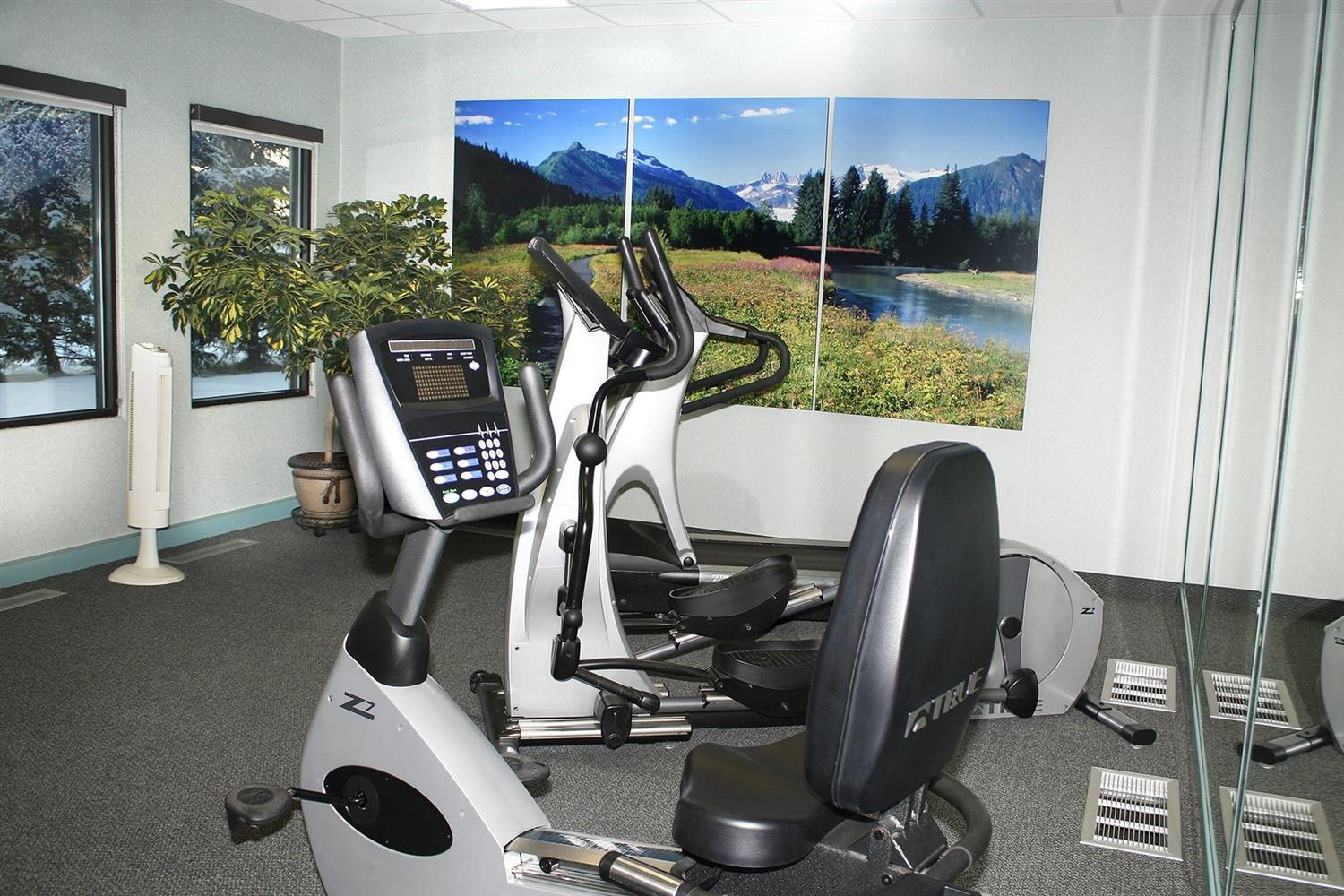 Fitness/ Exercise Room - Sophie Station Hotel Fairbanks
