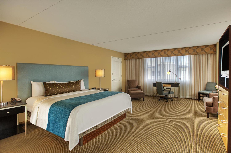 Suite - Heldrich Hotel New Brunswick