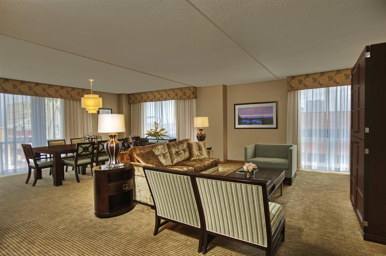 Heldrich Hotel New Brunswick, NJ - See Discounts