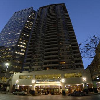 Exterior view - International Hotel Suites Calgary