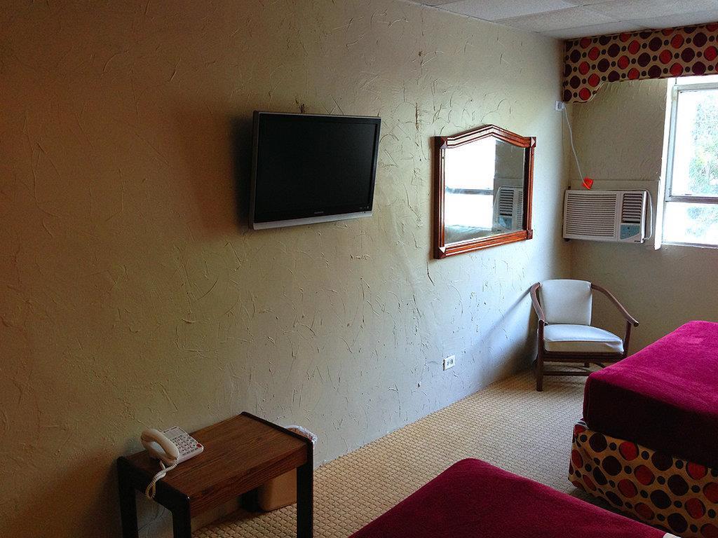 Room - Coral by the Sea Hotel Isla Verde San Juan