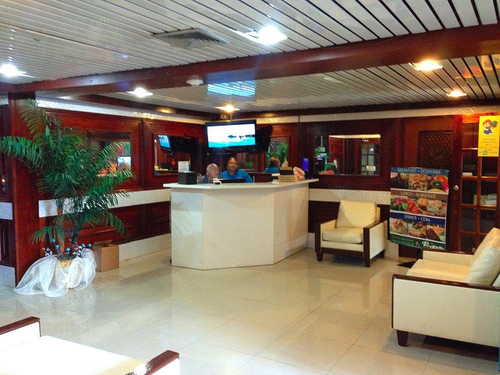 Lobby - Coral by the Sea Hotel Isla Verde San Juan