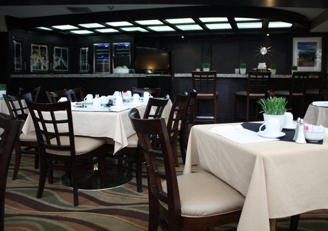 Lobby - Admiral Inn Hamilton