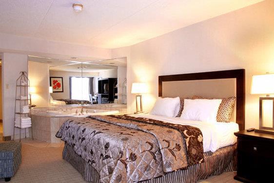 Room - Admiral Inn Hamilton