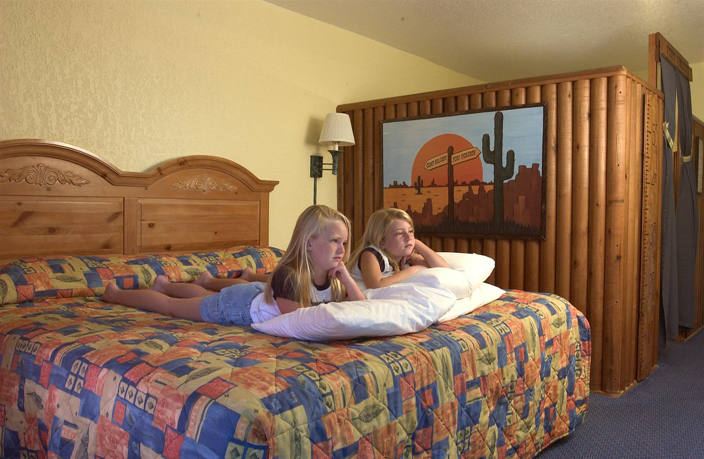 Room - Seralago Hotel & Suites Kissimmee