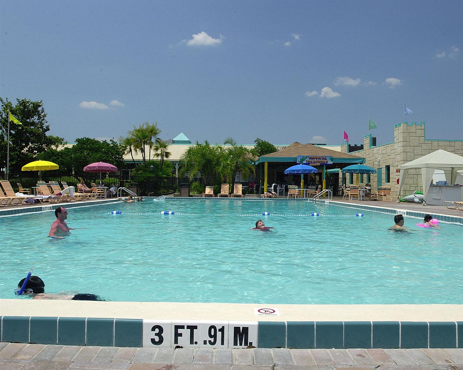 Pool - Seralago Hotel & Suites Kissimmee
