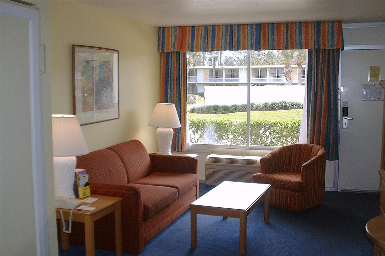 Suite - Seralago Hotel & Suites Kissimmee
