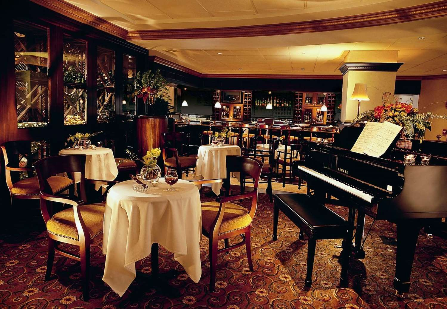 Bar - Peabody Hotel Memphis
