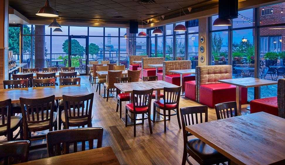 Restaurant - Waterfront Hotel Downtown Burlington