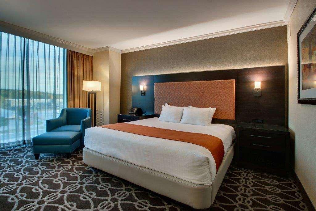 Room - Argosy Casino Hotel & Spa Riverside