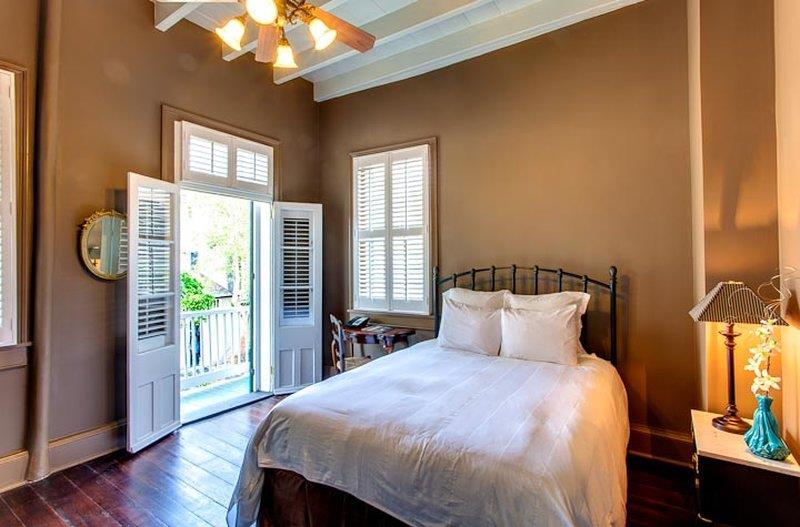 Room - Audubon Cottages New Orleans