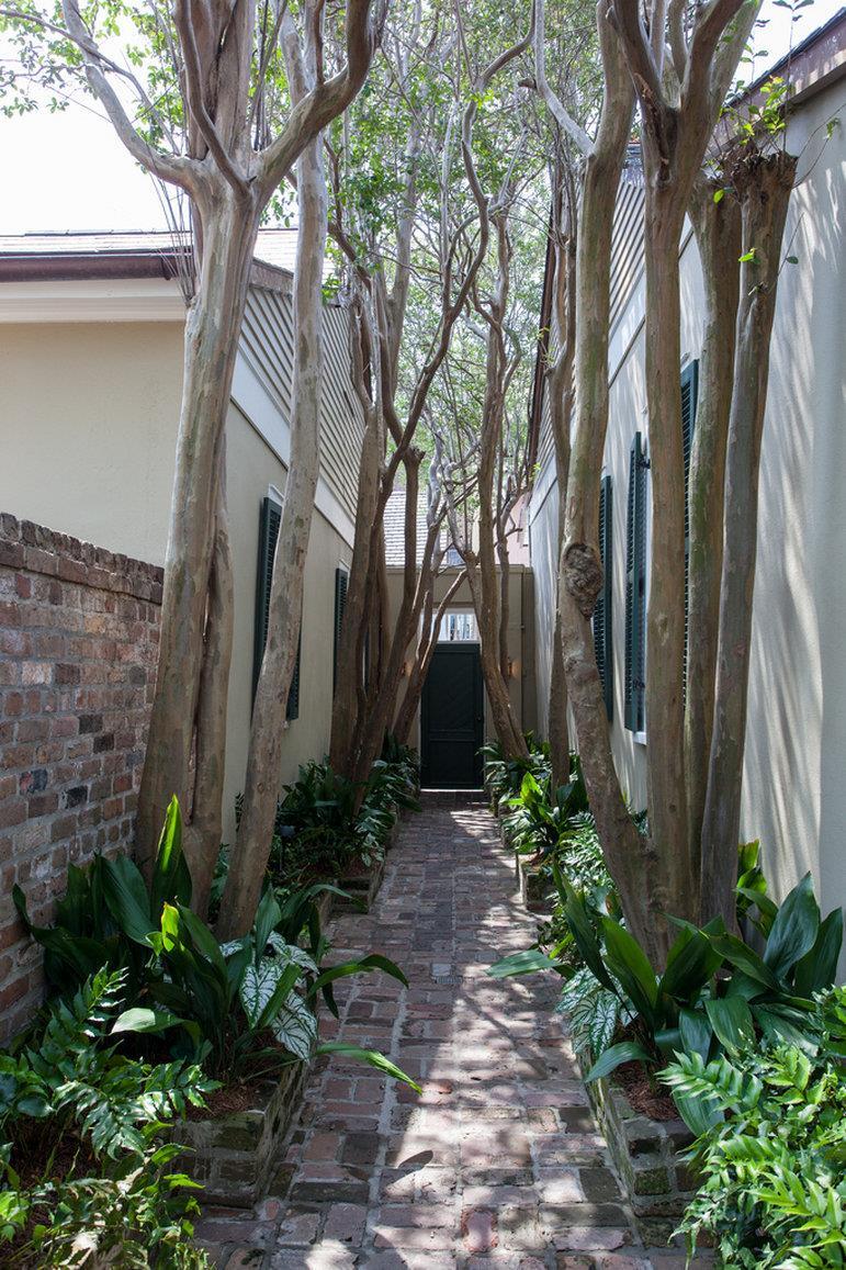 Exterior view audubon cottages new orleans
