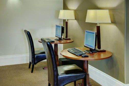 Conference Area - Lakeview Inn & Suites Airport West Edson