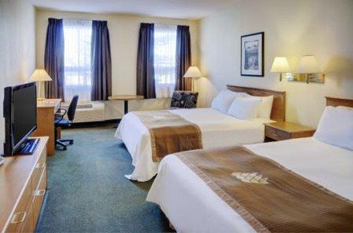 Room - Lakeview Inn & Suites Okotoks