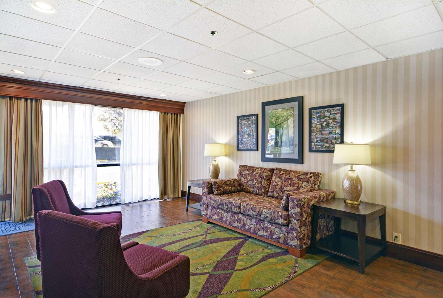 Lobby - Hampton Inn Athens