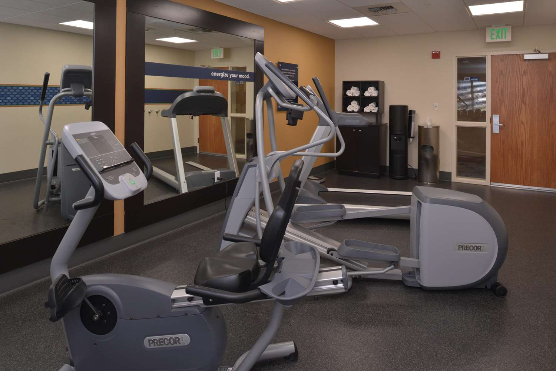 Fitness/ Exercise Room - Hampton Inn & Suites Airport Bakersfield
